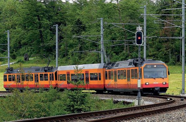 Gelenktriebzüge für die Uetlibergbahn